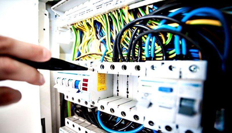 impianto-elettrico-a-norma_800x457